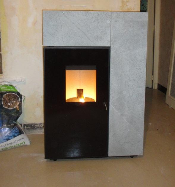 po le de masse azur poele po les granul s po les bois. Black Bedroom Furniture Sets. Home Design Ideas